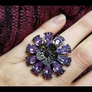 Beautiful LG purple gemstone flower ring stretchy